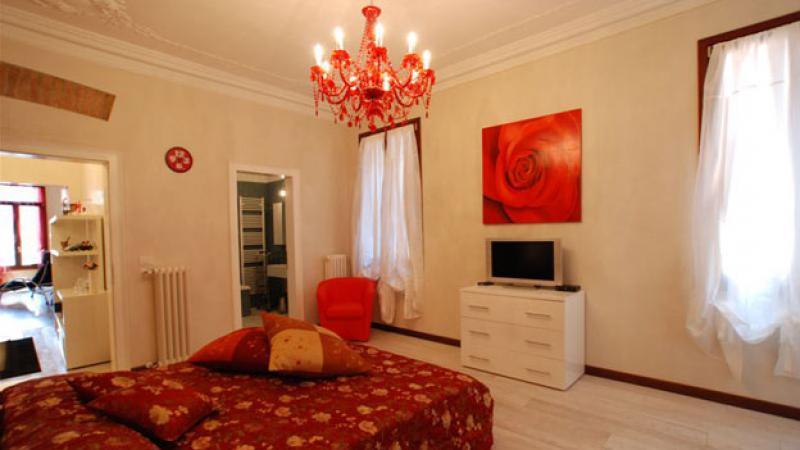 Appartement ca 39 rialto en location venise for Appartement design venise
